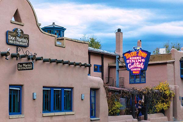 Dining in Taos 1